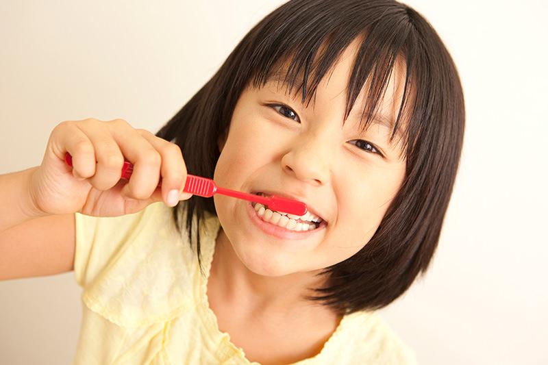 歯並びがデコボコ(叢生)(乱杭歯)の症例